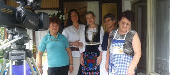Prva Srpska Televizija 150 minuta u gostima u udruženju žena Etno forum